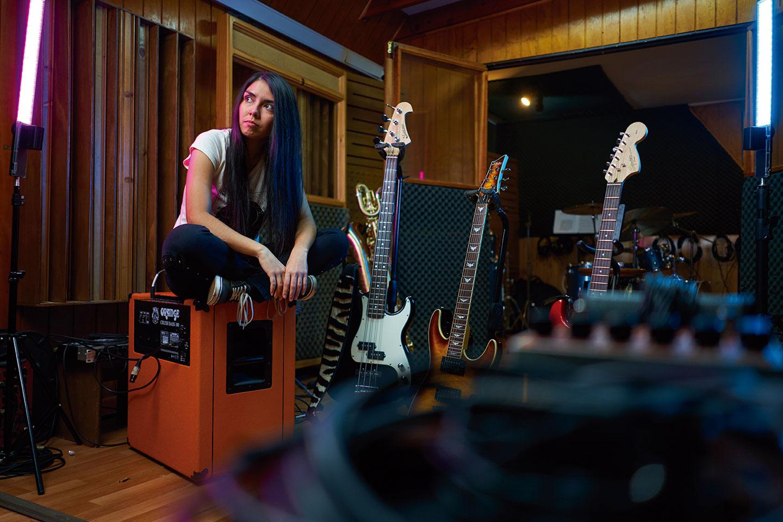 MARISOL FENÁNDEZ SALINAS «Fuerza femenina, rock y guitarras»