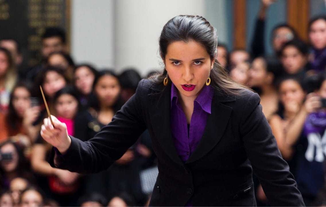 Joven directora chilena Ninoska Medel debuta con la Orquesta Sinfónica de Antofagasta